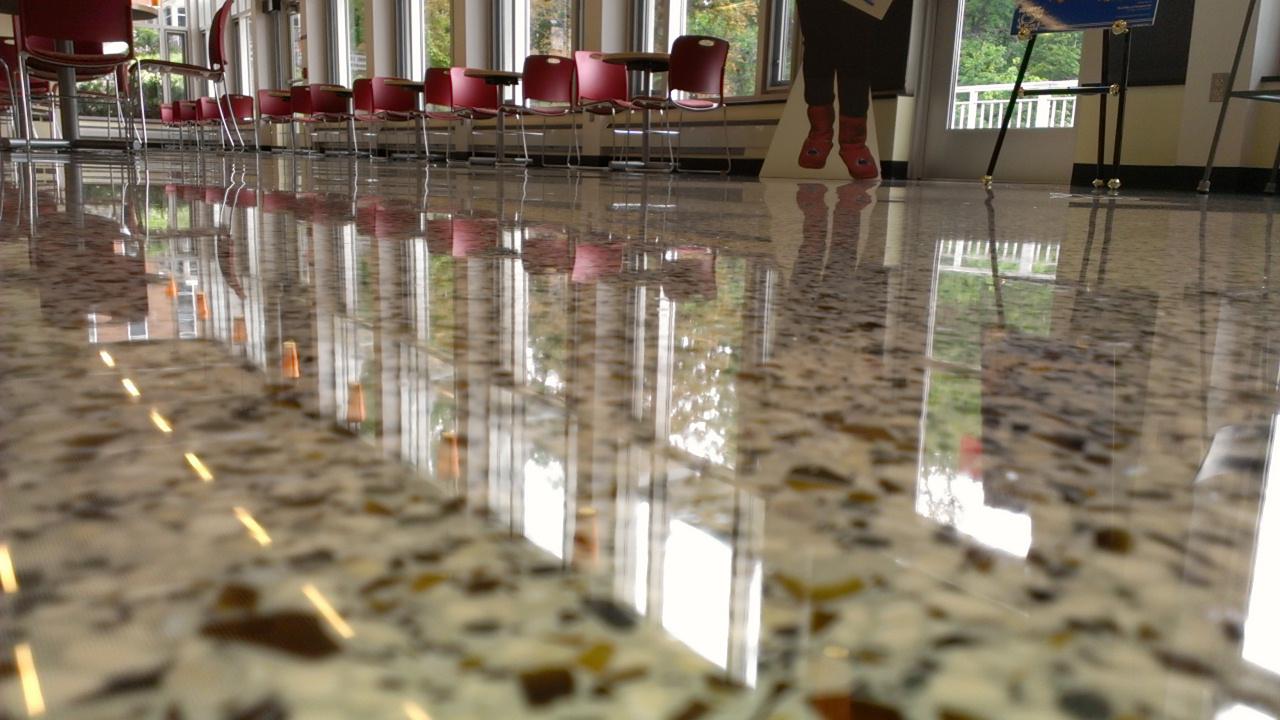piso lapidado com brilho